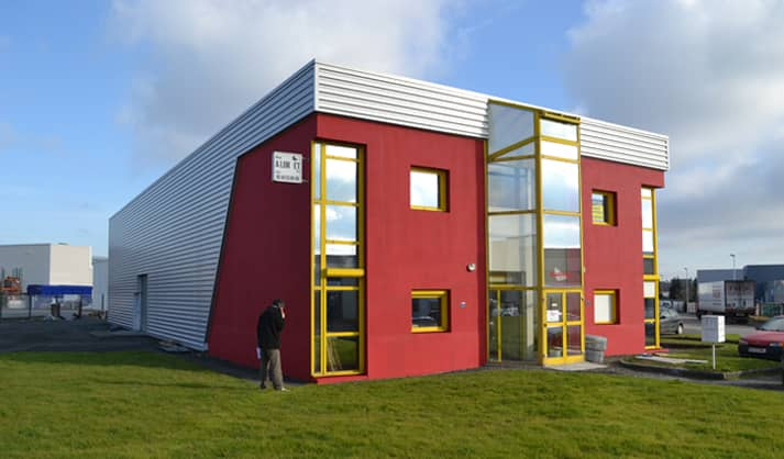 Rénovation d'un hangar industriel à Sainte Luce sur Loire