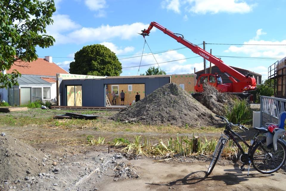 pose d une maison en bois prefabriquee 80m2 - Construction d'une maison bois de 80m2 à Nantes