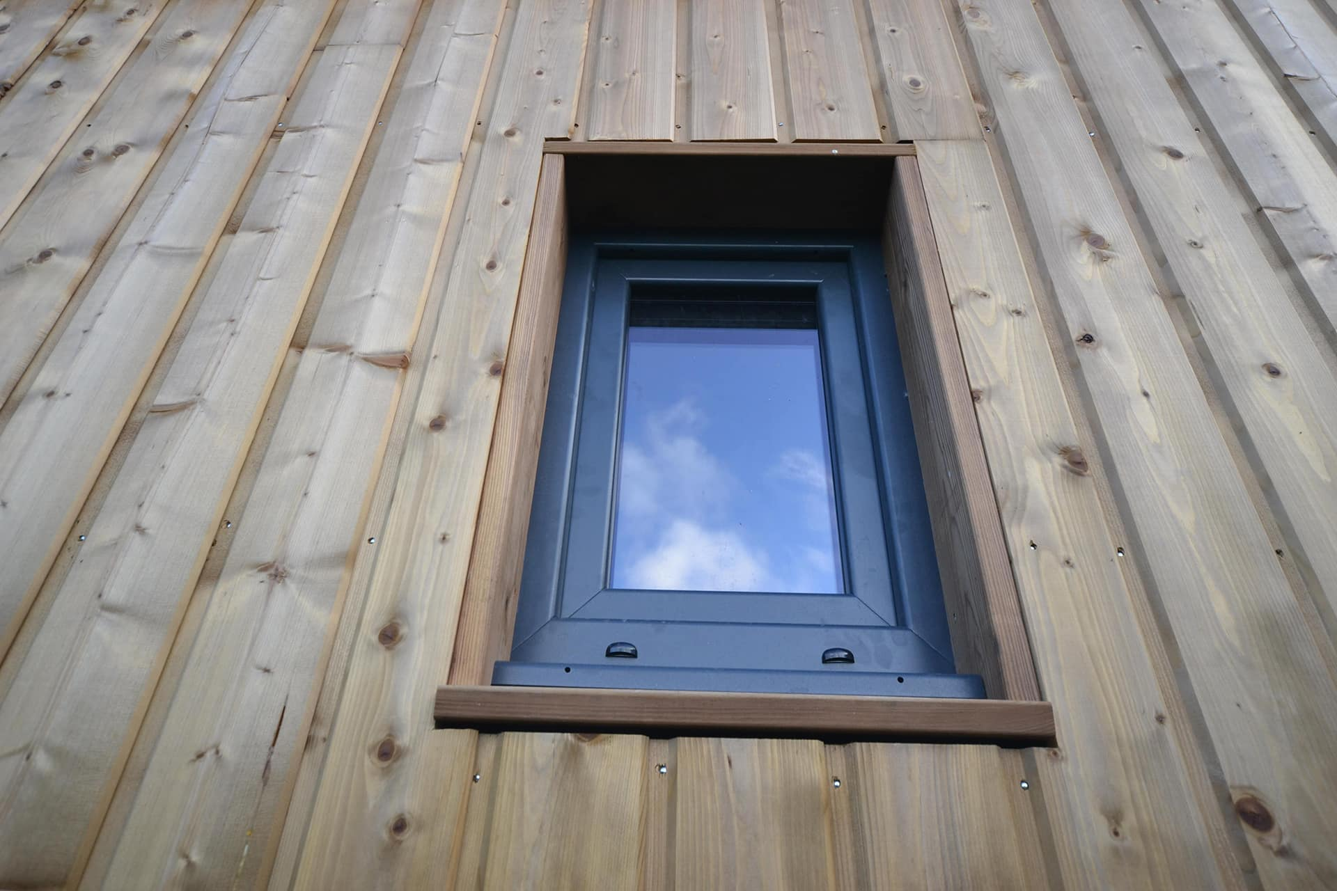 studio de jardin 20m2 vue fenetre aluminium - Studio de jardin 20m2 proche Angers 49
