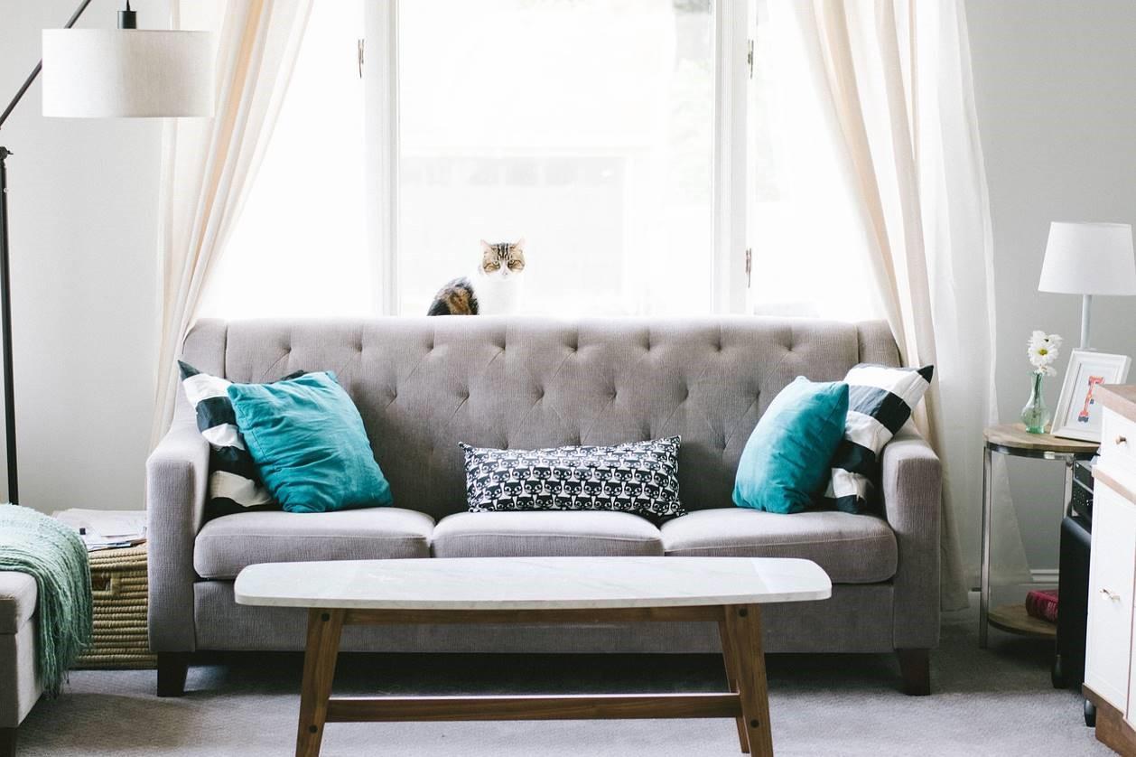 Quelle décoration au-dessus d'un canapé?