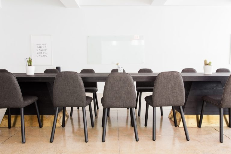 Comment choisir le mobilier de bureau idéal ?