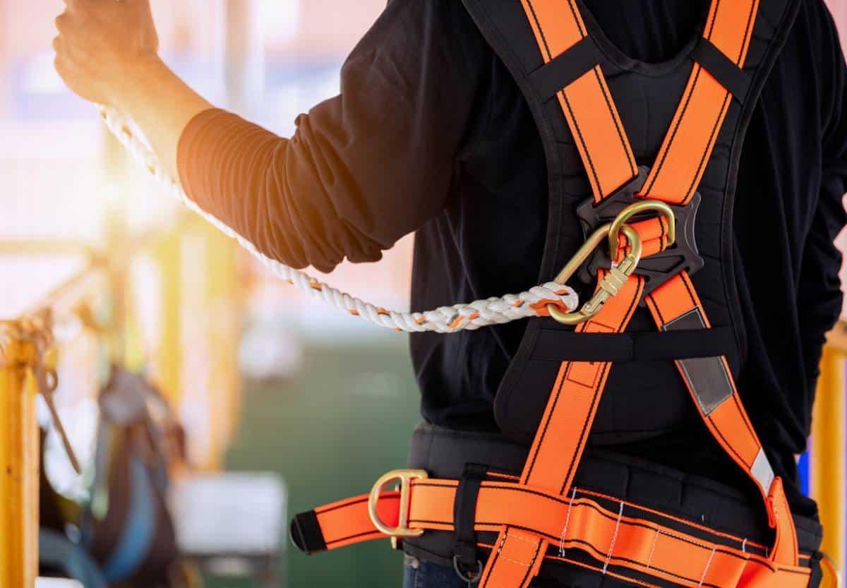 You are currently viewing Quelles sécurités contre les chutes en hauteur ?