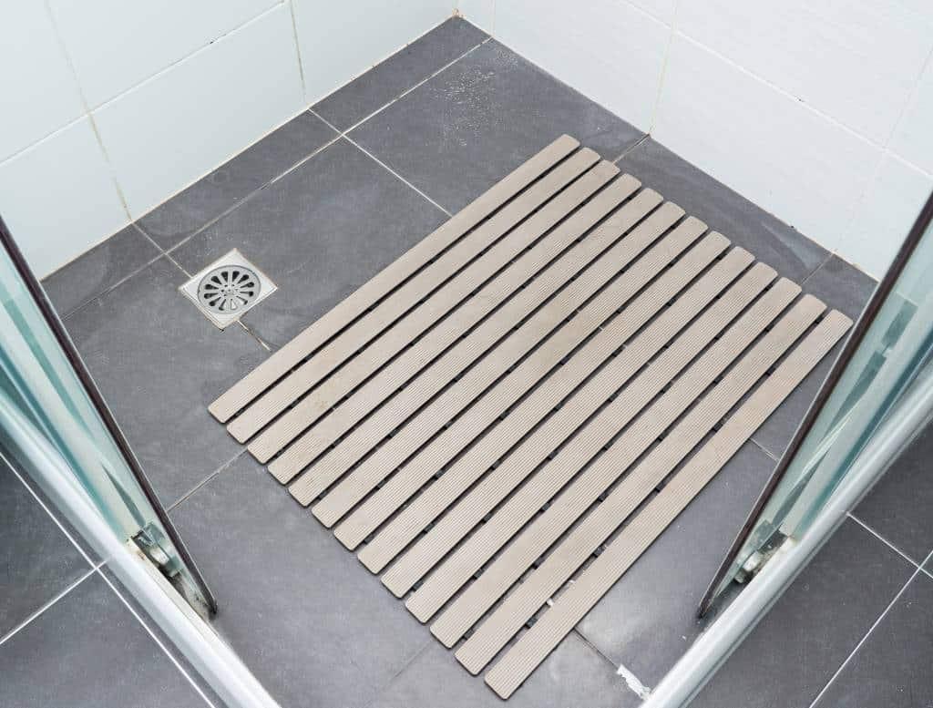 receveur de douche personnes handicapées